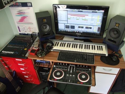 Taffs Well Music Studio Set up, DJ, Numark, Speakers, Studio, Keyboard, DJ Controller